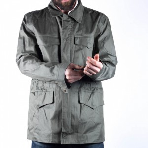Wetterfeste Utility-Jacke mit versteckten Taschen
