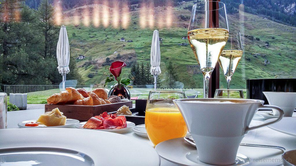 breakfast_vals