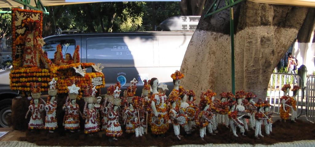 Radieschen-Prozession in Mexiko: Handgeschnitze Figuren aus Oaxaca